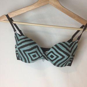 🛒  La Senza 32C printed bra
